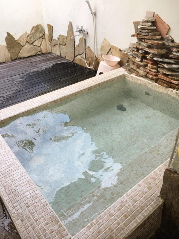 オーパヴィラージュの露天風呂